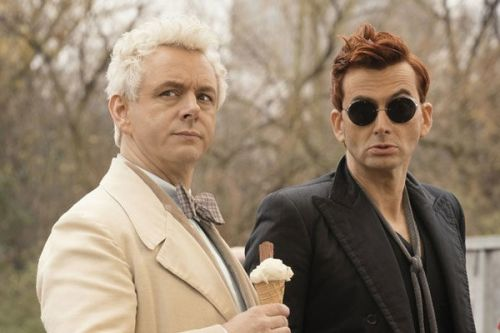 Good Omens:  Il faut stopper l'Apocalypse à la fin du mois de mai sur Amazon Prime Video