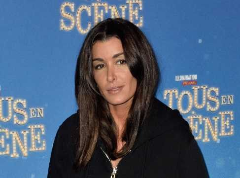 Jenifer perd la face en public:  son grand moment de gêne