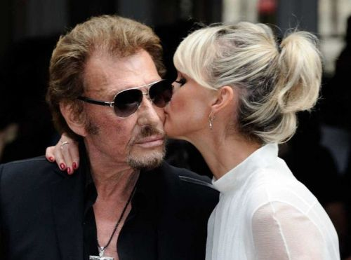 URGENT - Laeticia Hallyday sort un film sur Johnny Hallyday !