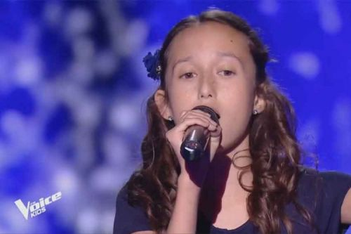 "Replay ""The Voice Kids"":  Eva chante « La foule » d'Edith Piaf"