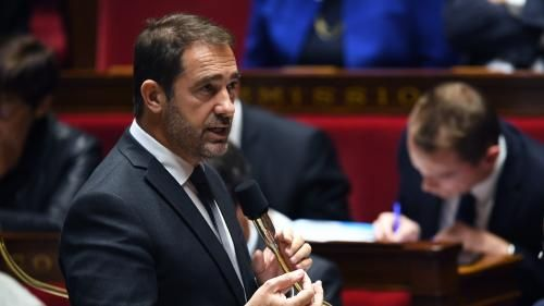 "VIDEO. Blocages des ""Gilets jaunes"":  Christophe Castaner dénonce la ""dérive totale"" des manifestations"